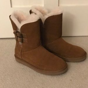 Women's size 7 Ugg boots